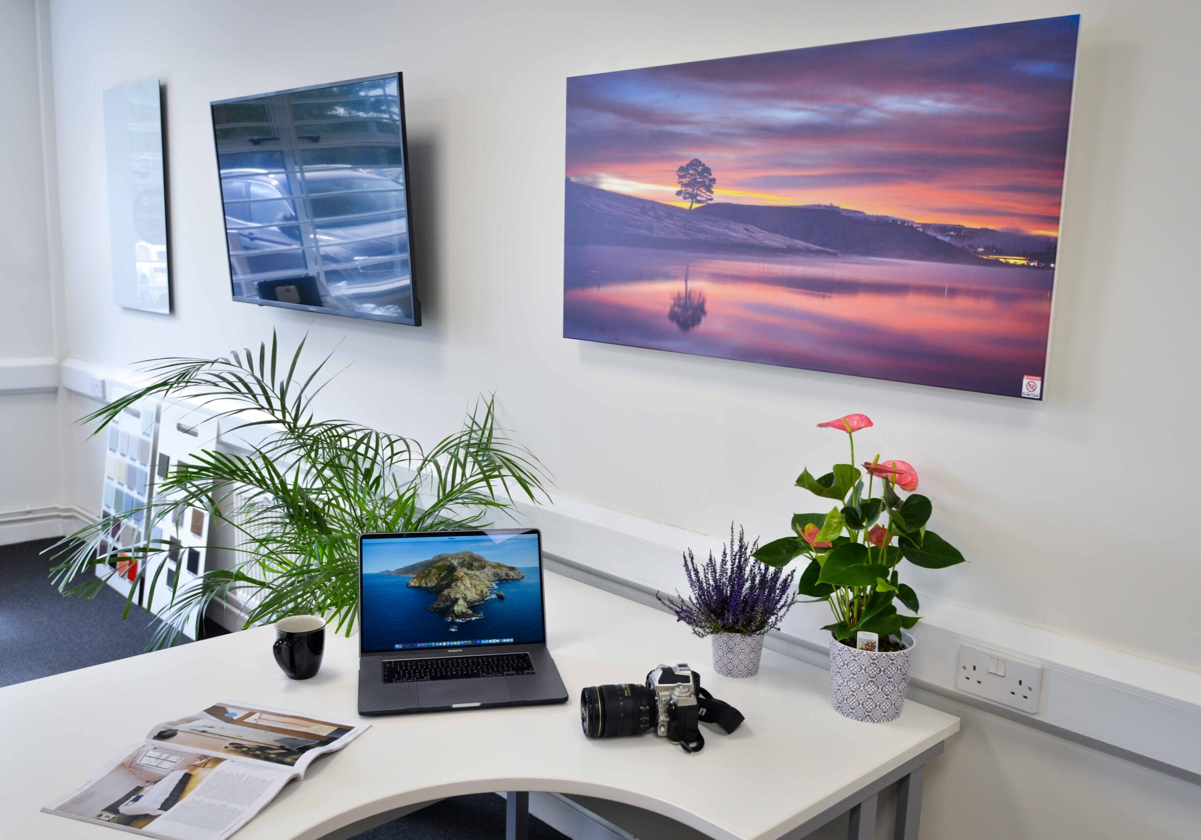 Infrared heating for the office